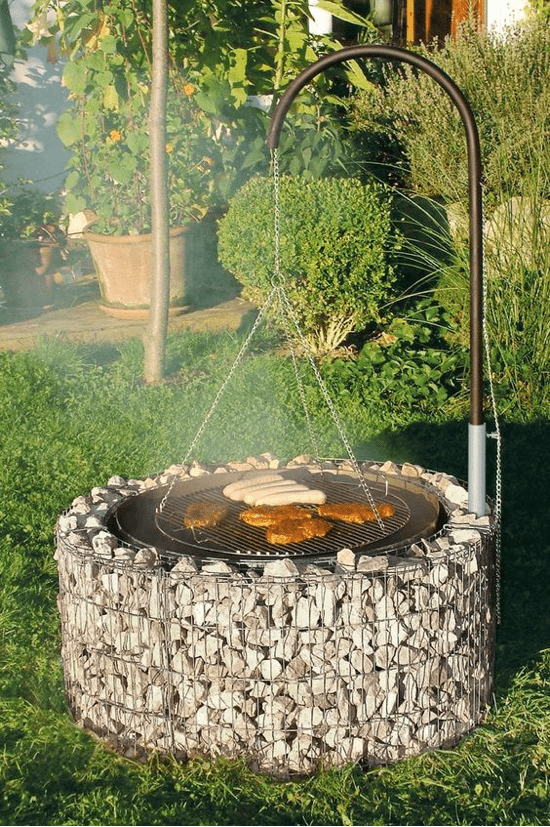 Grill made of gabions