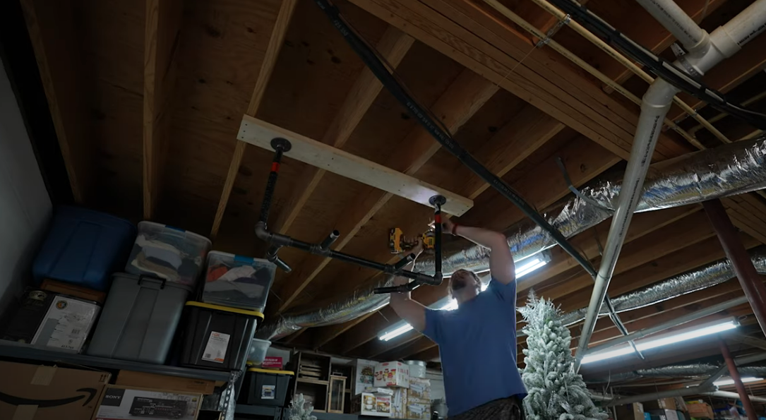 How to make and install a horizontal diy pull up bar